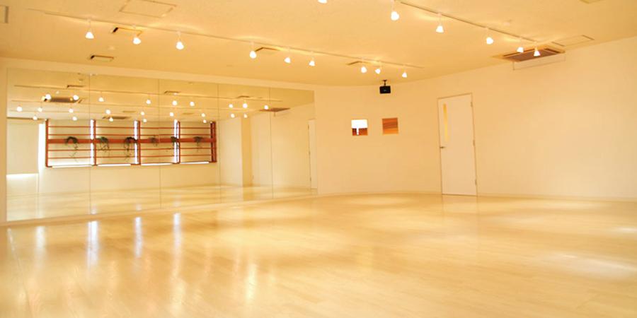AGUNIYOGA笹塚スタジオの画像